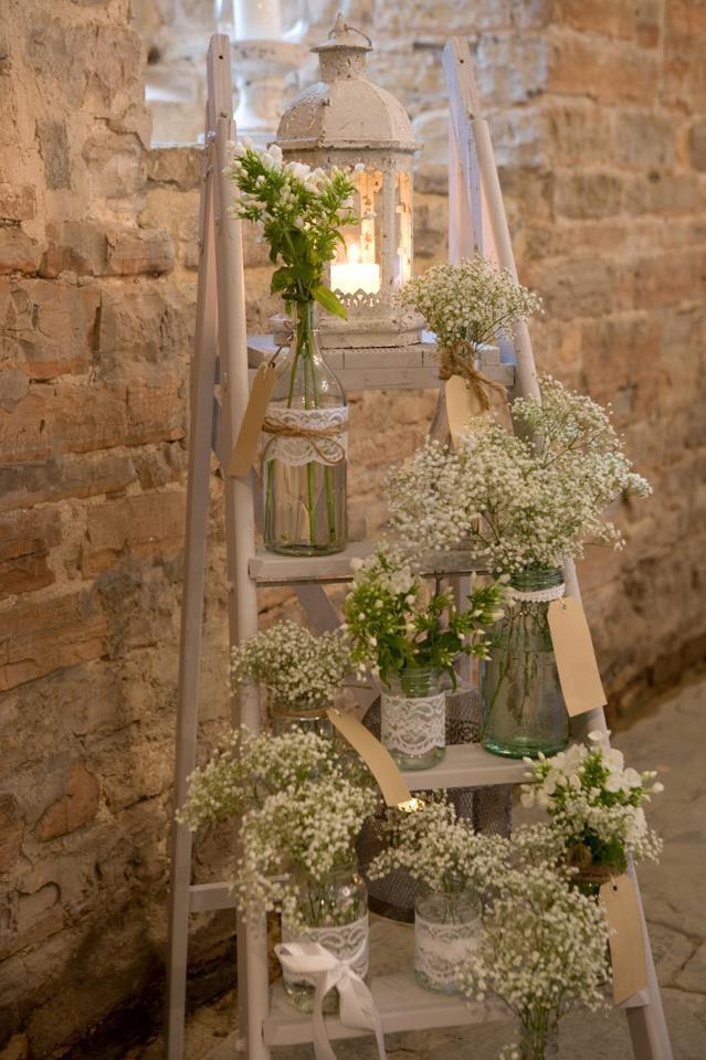 Decorar con escaleras recicladas gorgorita for Escalera decorativa