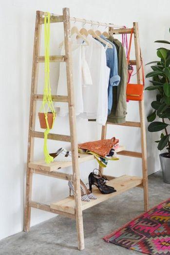 vestidor con escaleras